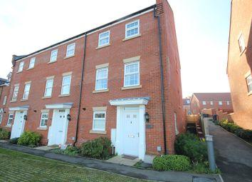 4 bed end terrace house for sale in Pipit Walk, Hemel Hempstead HP3