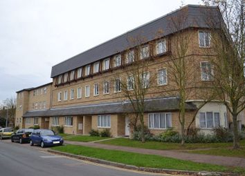 Thumbnail 3 bed flat to rent in Whitehill Road, Cambridge