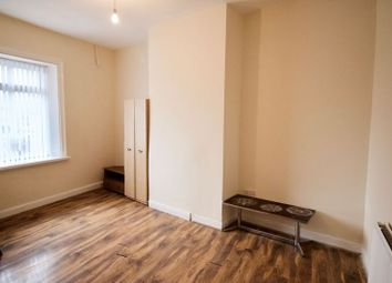 Thumbnail 3 bed flat to rent in Bradford Road, Huddersfield