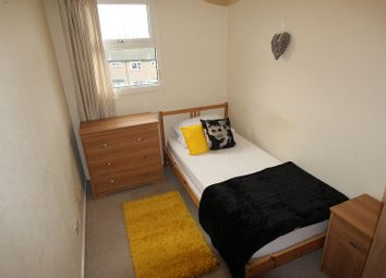 Thumbnail 7 bedroom shared accommodation to rent in Hopmeadow Court, Northampton