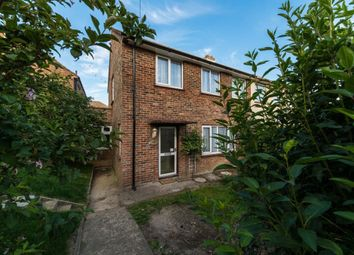 Thumbnail 6 bed property to rent in Kent Avenue, Canterbury