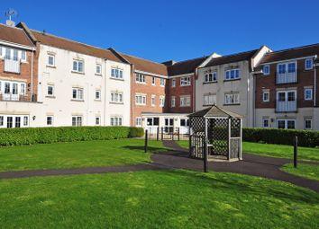 2 bed flat to rent in Spiro Close, Pulborough RH20