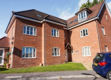 2 bed flat for sale in Lyons Place, Southampton SO30