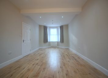 Thumbnail 5 bedroom terraced house to rent in Latimer Road, London