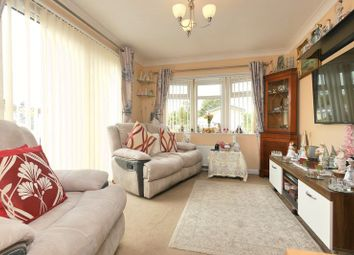 Thumbnail 2 bed mobile/park home for sale in Ladycroft Park, Blewbury, Didcot