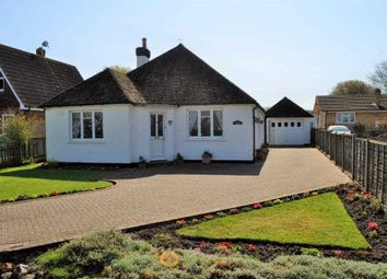 3 bed bungalow for sale in The Street, Brook TN25
