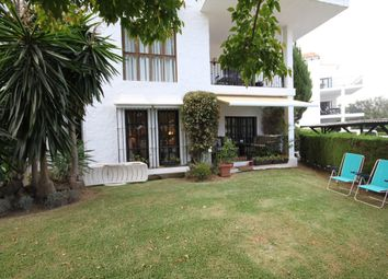 Thumbnail 3 bed apartment for sale in Spain, Andalucia, Nueva Andalucia, Ww1068