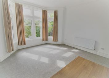 2 bed flat to rent in St. Annes Road East, Lytham St Annes FY8