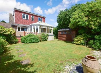 Thumbnail 4 bed bungalow for sale in Carsey Close, Ramsden Heath, Billericay, Essex