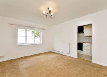 Thumbnail 1 bed flat to rent in Old Bromley Road, Bromley