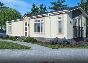Thumbnail 2 bedroom mobile/park home for sale in Rother Valley, Northiam, East Sussex