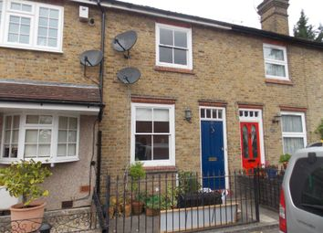 Thumbnail 2 bed cottage to rent in Clifton Road, Loughton