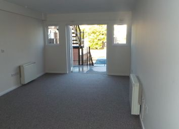 Thumbnail 2 bedroom flat to rent in Malthouse Lane, Fareham