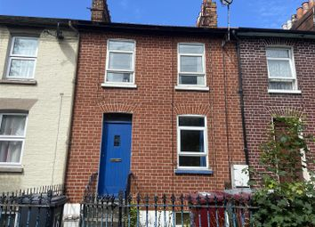 2 bed maisonette to rent in Howard Street, Reading, Berkshire RG1
