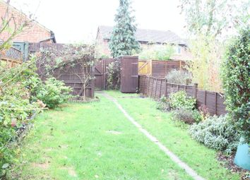 Thumbnail 1 bed flat to rent in One Bedroom House With Garden, Harms Grove, Guildford
