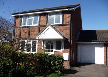 Thumbnail 3 bed link-detached house to rent in Hawthorn Close, Hounslow