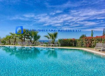 Thumbnail 3 bed villa for sale in Bardolino, Lake Garda, Italy