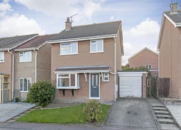 Thumbnail 3 bed detached house to rent in Nottingham Drive, Wingerworth, Chesterfield