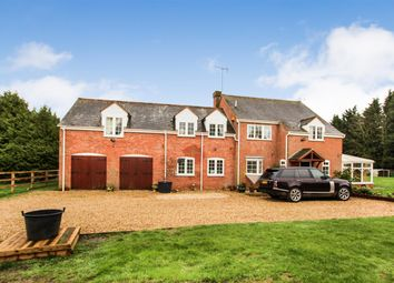 Thumbnail 5 bed detached house for sale in Orchard End, Hillersdon Chase, Stoke Hammond