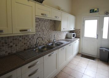 Thumbnail 6 bed terraced house to rent in Burley Road, Hyde Park, Leeds