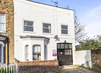 Thumbnail 2 bed flat for sale in Glendall Street, London