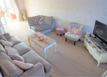 Thumbnail 3 bed detached house to rent in Westminster Drive, Doncaster