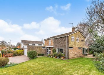 4 bed property for sale in Foliat Drive, Wantage OX12