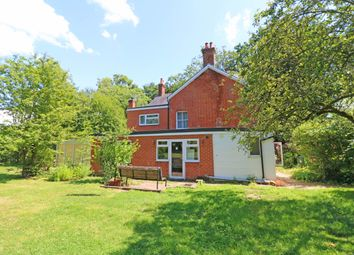 Thumbnail Studio to rent in Ifield Wood, West Sussex