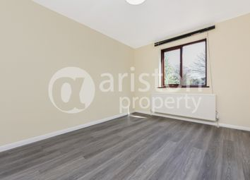 Thumbnail Room to rent in Highams Lodge Business Centre, Blackhorse Lane, London