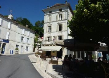 Thumbnail Hotel/guest house for sale in Aubeterre-Sur-Dronne, Aquitaine, France
