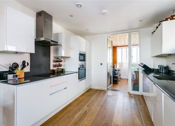 3 bed flat for sale in Malthouse Court, High Street, Brentford, Middlesex TW8