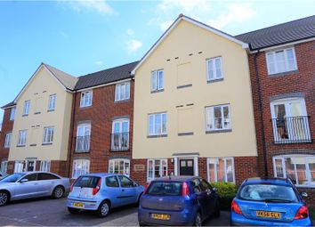 Thumbnail 2 bedroom flat for sale in Covesfield, Gravesend