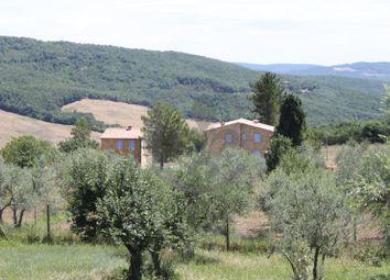 Thumbnail 6 bed farmhouse for sale in Strada Della Selva, Radicondoli, Siena, Tuscany, Italy