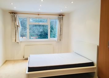 Thumbnail 4 bedroom shared accommodation to rent in Robin Lane, Hendon