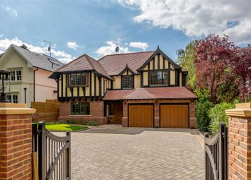 The Clump, Rickmansworth, Hertfordshire WD3. 5 bed detached house