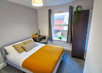 5 bed shared accommodation to rent in Cambridge Road, Southampton SO14