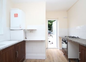 Thumbnail 4 bed flat to rent in London Road, Croydon