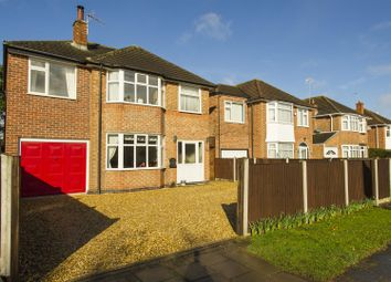Thumbnail 5 bedroom detached house for sale in Greythorn Drive, West Bridgford, Nottingham