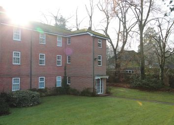 Thumbnail 2 bed flat to rent in Westcote Road, Reading