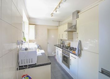 Room to rent in Sunny Gardens Road, Hendon, London NW4