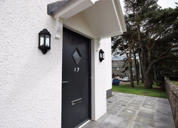 Thumbnail 2 bed flat to rent in Albion Court, Biggar