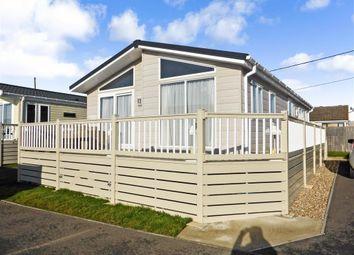 Thumbnail 2 bedroom mobile/park home for sale in Faversham Road, Seasalter, Whitstable, Kent