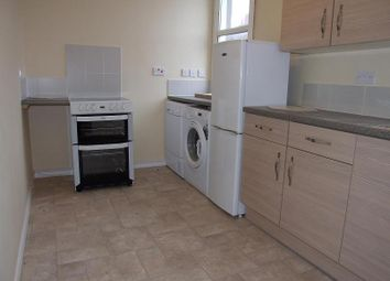 Thumbnail 2 bed flat to rent in Market Place, Faringdon