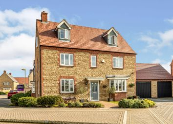 Pontefract Road, Bicester OX26. 6 bed detached house for sale