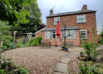 Thumbnail 3 bed cottage for sale in Woodway Lane, Walsgrave On Sowe, Coventry