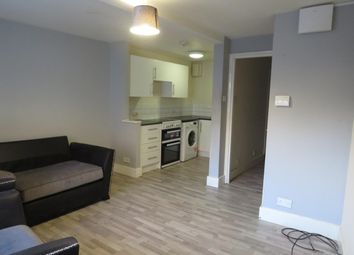 Thumbnail 2 bed property to rent in Chapelgate, Retford