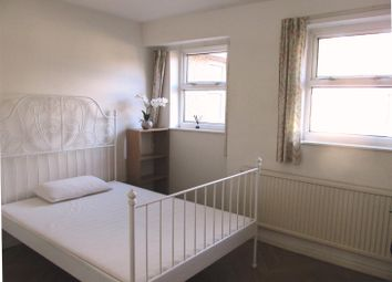3 bed property to rent in West Road, Lancaster LA1
