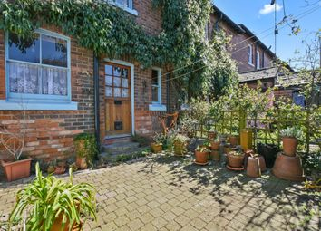 Thumbnail 2 bed flat to rent in Midland Terrace, London 6Qh