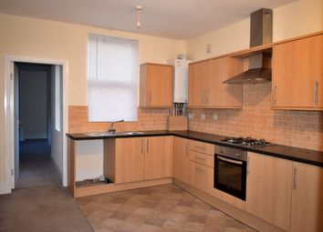 Thumbnail 2 bedroom flat to rent in High Street, West Bromwich
