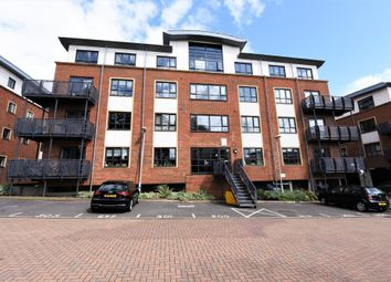 2 bed flat to rent in Beverley House, Wallis Square, Farnborough, Hampshire GU14